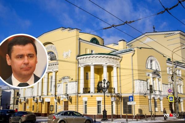 Губернатор пообещал проследить за «оптимизацией» театров