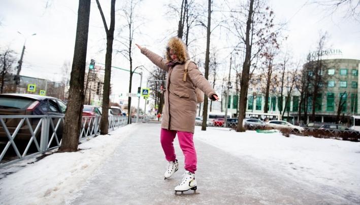 «Я тоже на тротуаре звёзднулся»: в травмпунктах Ярославля небывалый наплыв пациентов