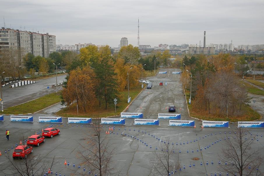 Водителям рекомендуют тщательно выбирать автошколу