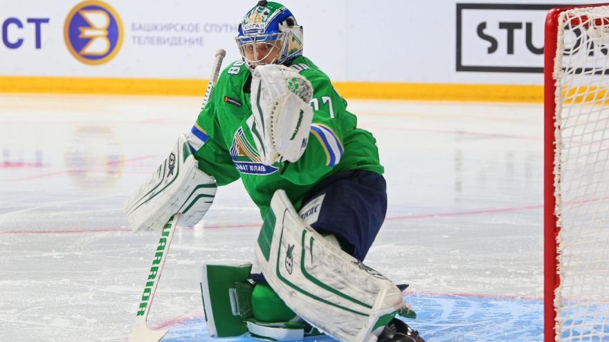 Несокрушимый финн: комиссия КХЛ признала вратаря «Салавата» Юху Метсолу лучшим голкипером апреля
