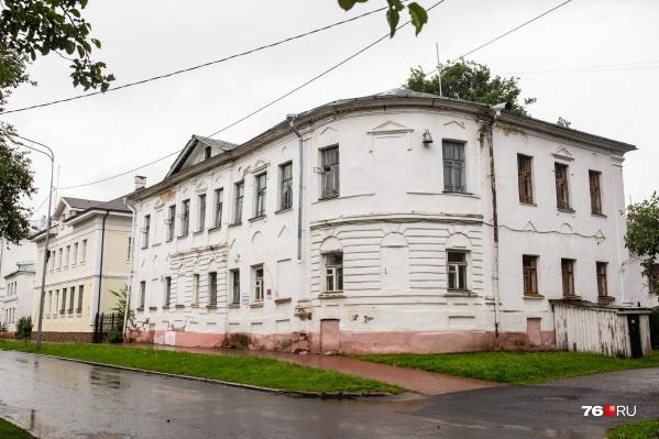 Это историческое здание тоже уйдёт к церкви