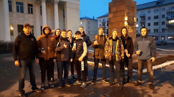 «Затащил парня в подъезд и прижал»: рейд «Стопнаркотика» в Архангельске закончился визитом в полицию