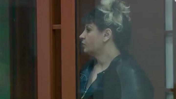 Облсуд опубликовал последнее слово обвиняемой в нескольких убийствах женщины по прозвищу Тропиканка