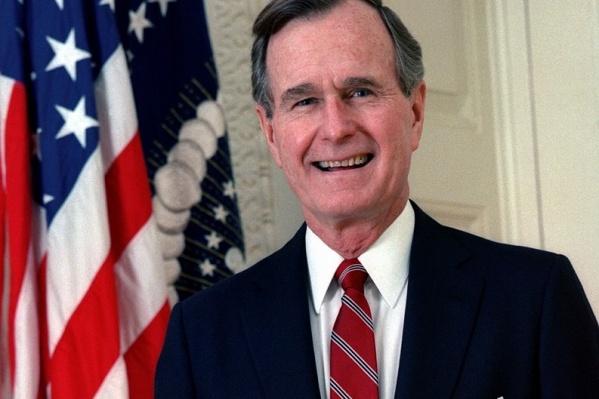 Джордж Буш — старший был 41-м президентомСША