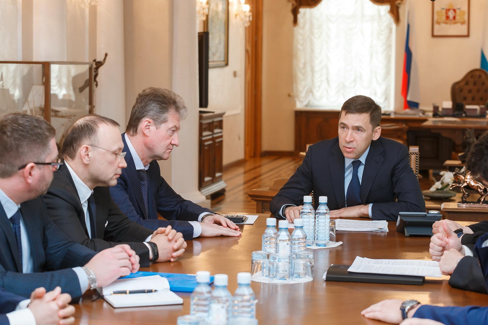 Слева — глава РМК Игорь Алтушкин и глава УГМК Андрей Козицын