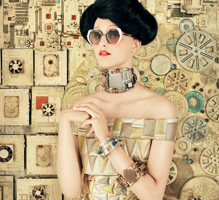 «Снижаем цены даже на супербренды»: известная оптика распродаст очки со скидкой до 40%