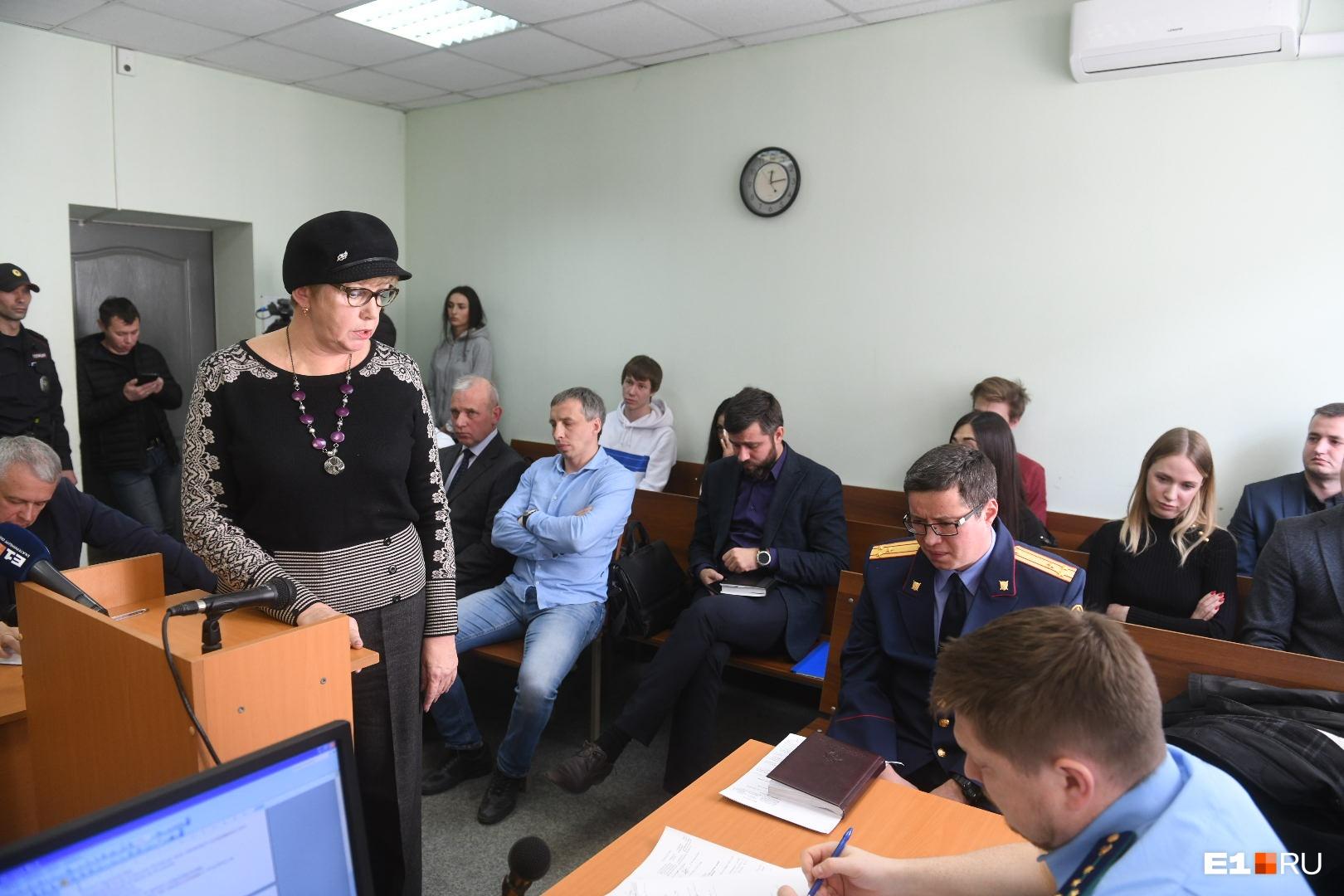 Наталья Васильева говорит, что СМИ устраивают пляски на костях