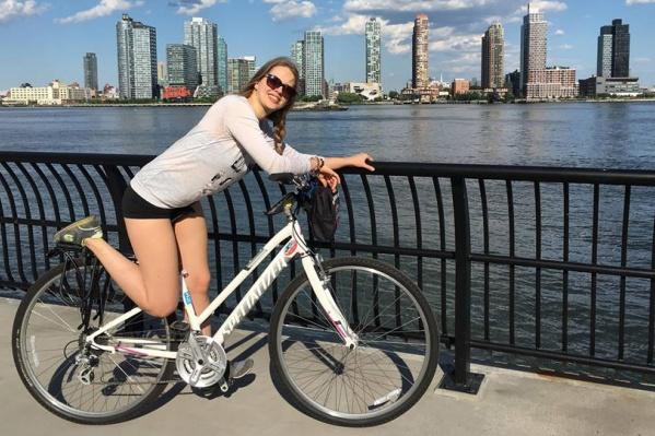 Вероника Андреева переехала в Нью-Йорк, чтобы получить местное образование и остаться работать. Её мечта сбылась