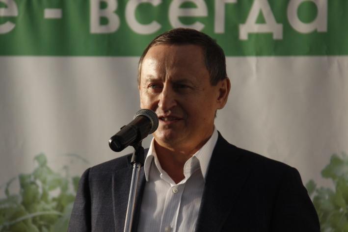 Борис Горкунов был так доволен успехами предприятия, что объявил о повышении зарплаты сотрудникам на 20%