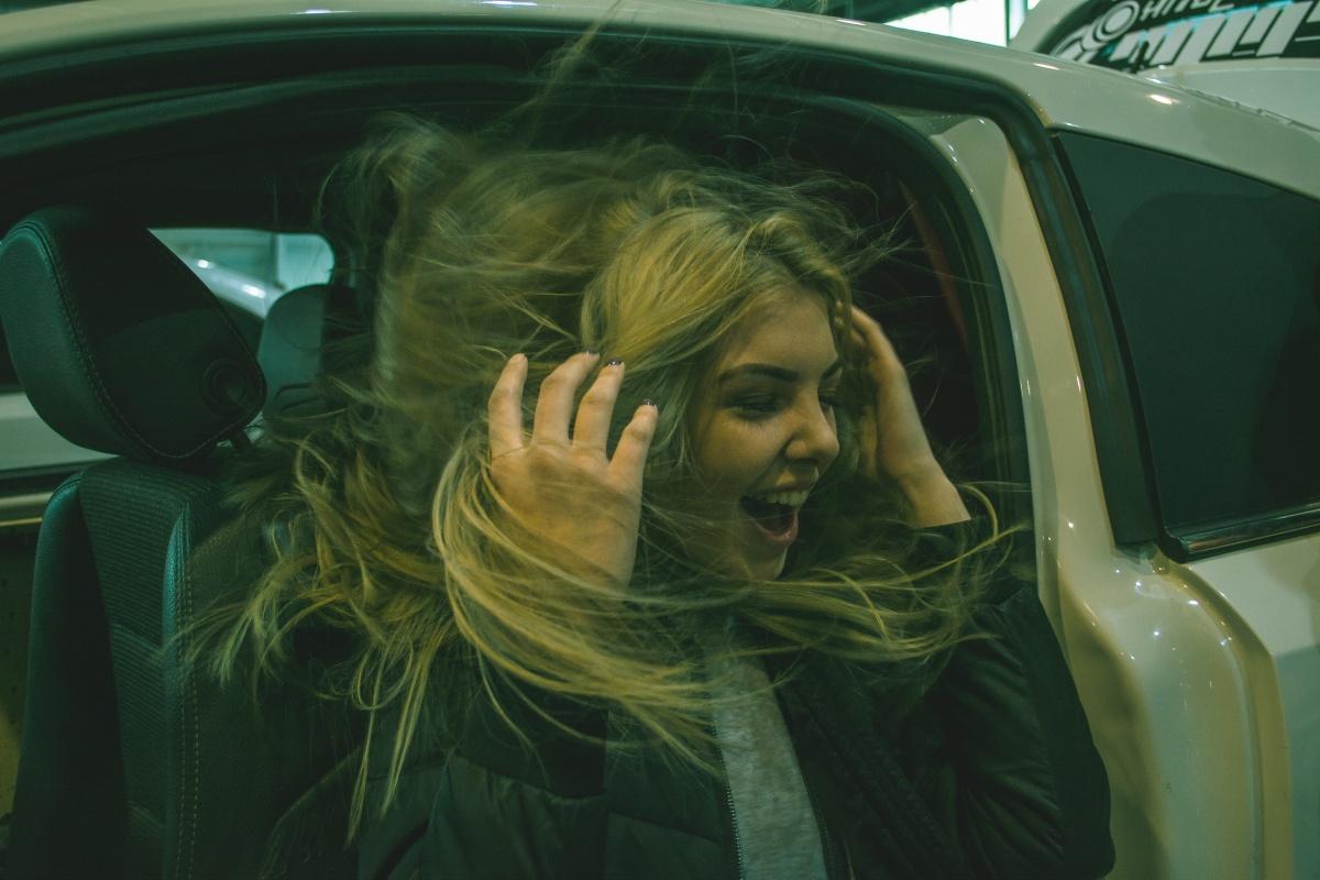 «Трещины появлялись на лобовых стеклах»: фоторепортаж с фестиваля автозвука в «Екатеринбург-Экспо»