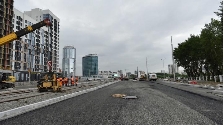 Четыре дня до открытия. E1.RU в прямом эфире показал, насколько готов новый Макаровский мост