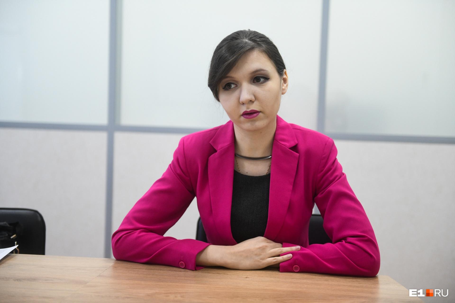 Алиса Каримова считает, что посетители аптек незаслуженно относятся к фармацевтам всего лишь как к продавцам медицинских препаратов