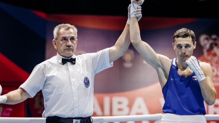 Бронза гарантирована: четверо россиян пробились в полуфинал чемпионата мира по боксу