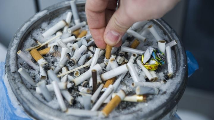 Суд обязал курящих жильцов компенсировать моральный вред своим соседям, которые страдают от дыма