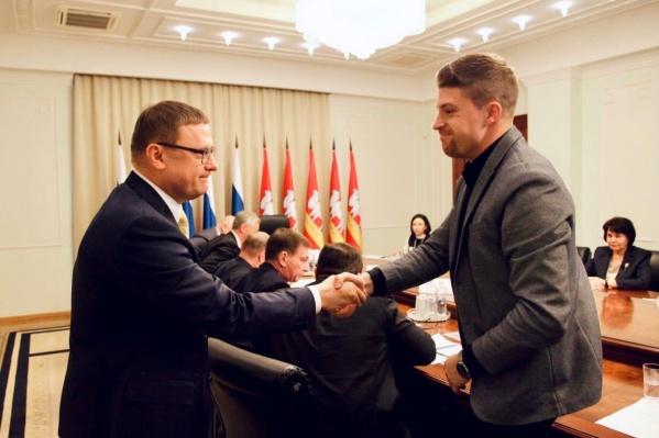 В правительство пригласили и Льва Владова (справа), и двух кандидатов на пост главного архитектора Челябинска