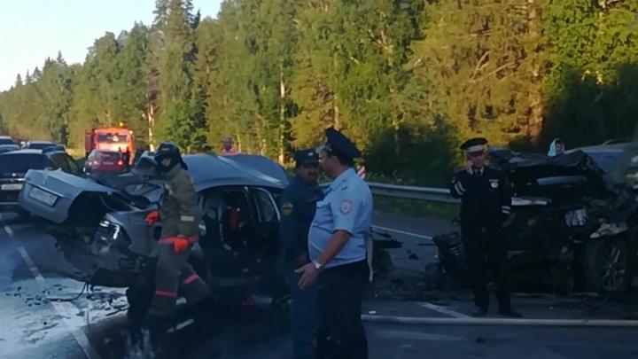 Среди погибших трое детей: подробности жуткого ДТП на трассе Пермь — Екатеринбург