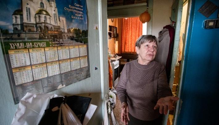 Власти показали квартиру учителю из подсобки челябинской школы. Но это оказалась комната