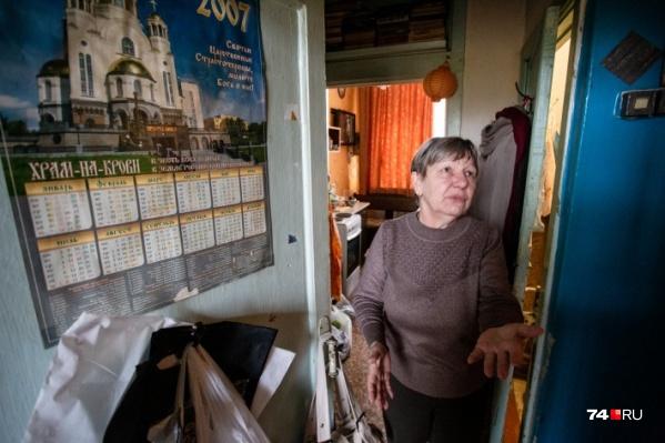 57-летняя Елена Михальченко, возможно, скоро покинет свою подсобку и переедет в Дом ветеранов