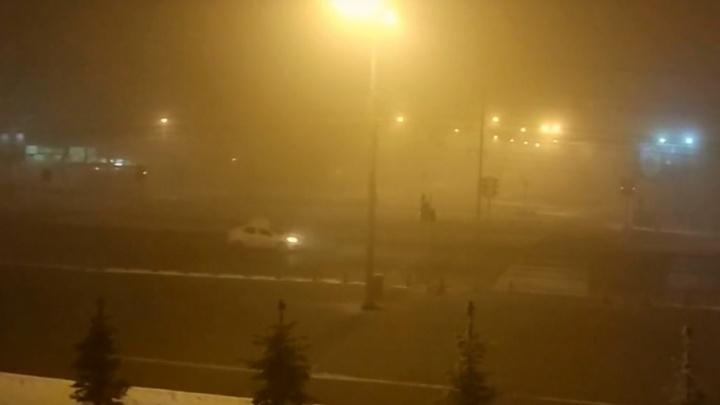 «Снова всё в дыму»: челябинцы жалуются на смог, удушье и головные боли