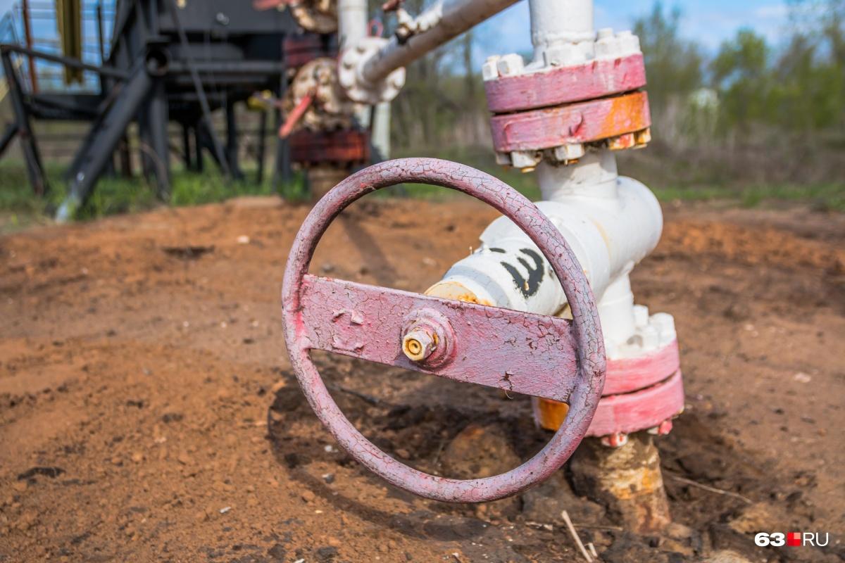 Предприимчивый молодой человек пытался договориться со стражем порядка о совместном хищении нефти