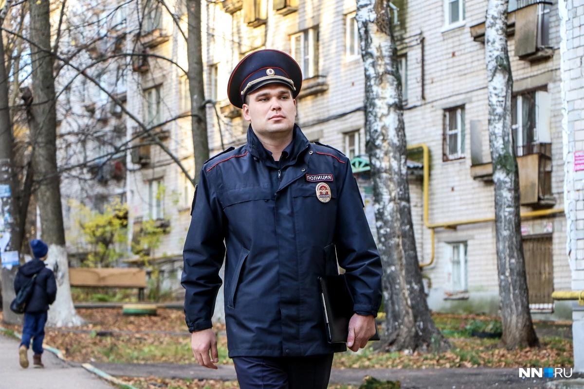 Виктор Артамонов в этом году стал лучшим участковым нашего города