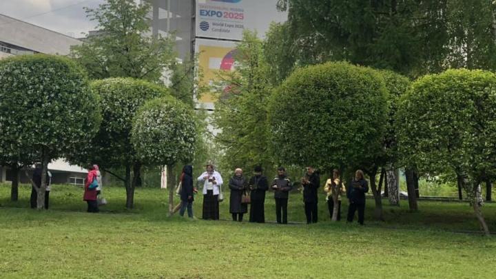 «В горожанах велико эмоциональное напряжение»: в епархии не поверили результатам опроса ВЦИОМ
