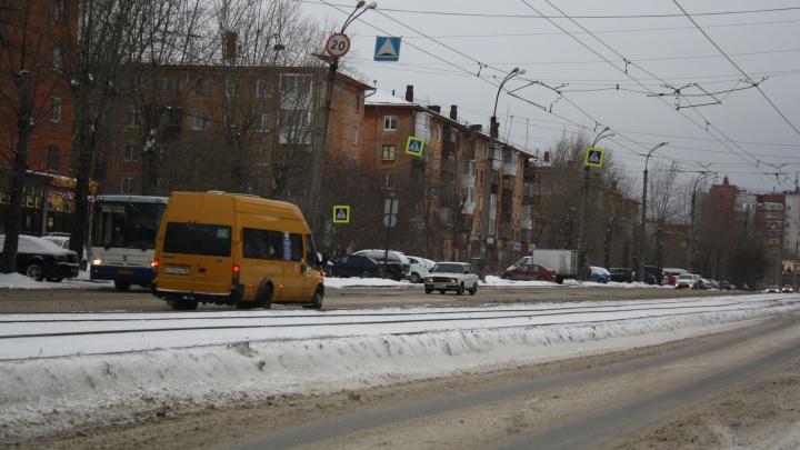 С улиц Екатеринбурга исчезнут тесные маршрутки: мэрия поменяет условия пассажирских перевозок