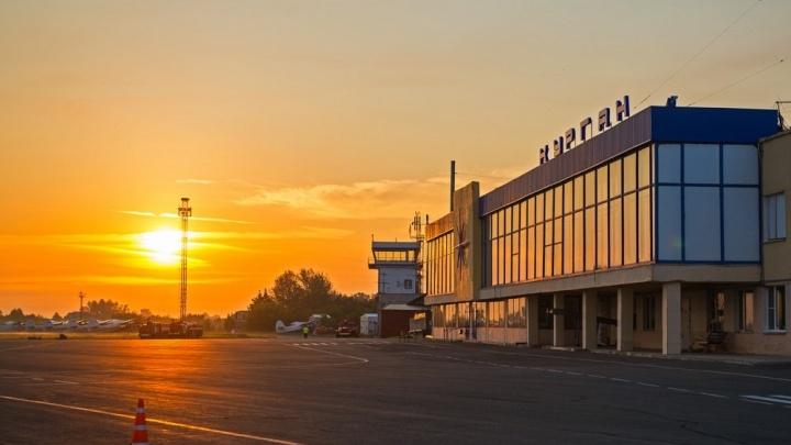 Пассажир рейса Москва — Курган устроил в самолете пьяный дебош