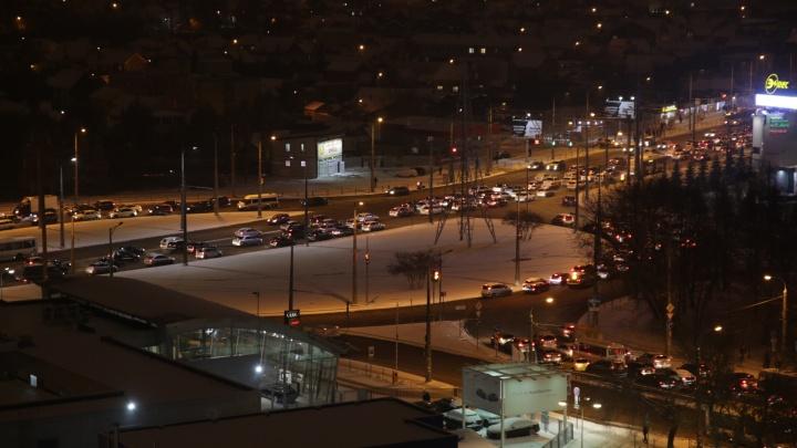 «Будем работать всю ночь»: мэрия — о снегопаде в Самаре