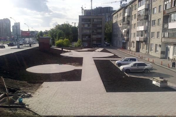 Работы в сквере на Кошурникова идут с весны