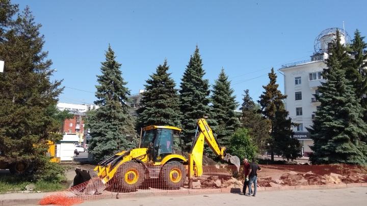 Площадь Мочалова в Самаре замостят тротуарной плиткой и украсят голубыми елями