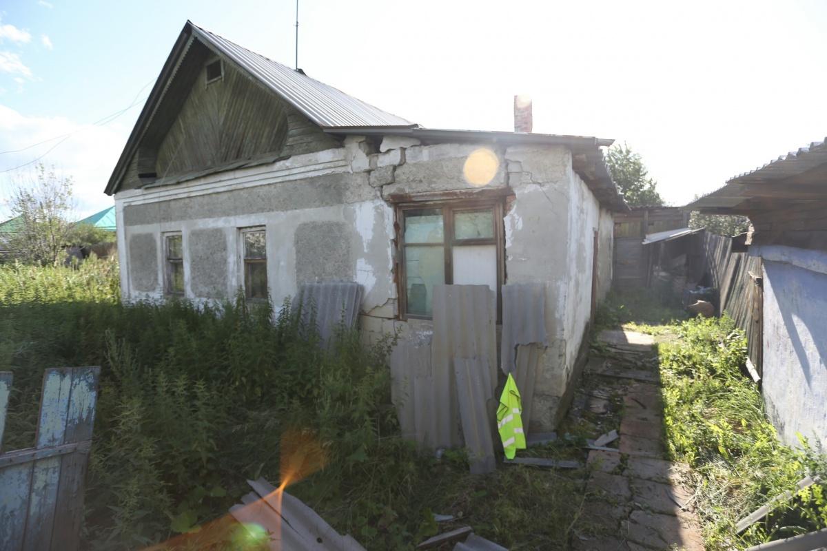 В доме, где прописана девочка, за неуплату отключили отопление и свет