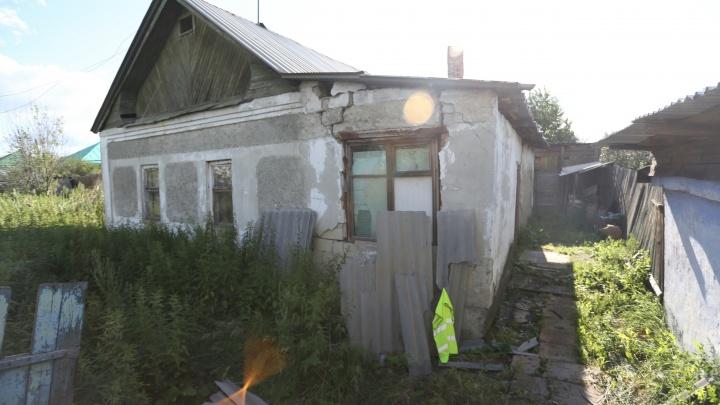 «Вернут в дом-развалину»: воспитаннице челябинского детдома отказали в очереди на жильё