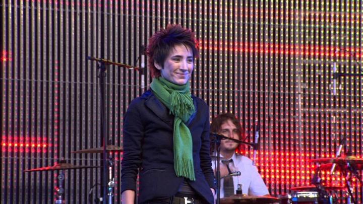 Рената Литвинова подписала разрешение на показ фильма «Зелёный театр в Земфире» в омском парке