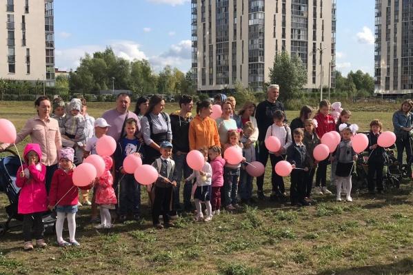 Десятки жителей микрорайона «Европейский Берег» попросили построить школу