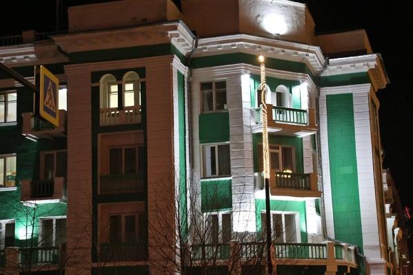 Подсветка вскрыла халтурный ремонт, считает Александр Шляхин