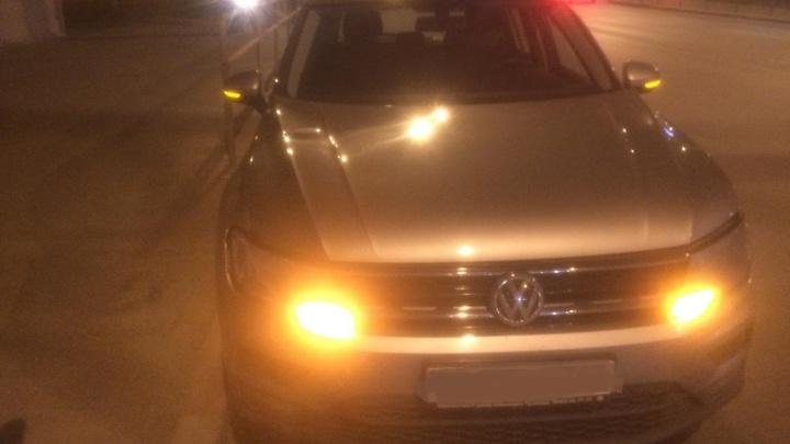 На Московском шоссеVolkswagen сбил двух пешеходов на «зебре»