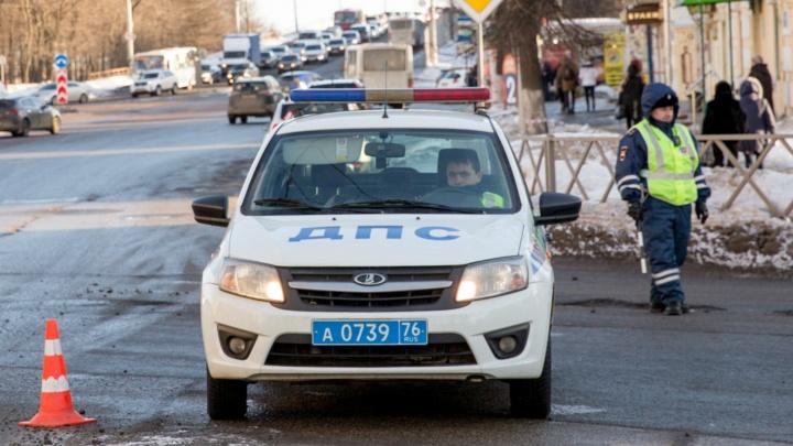 Водитель, сбивший на переходе двоих людей в Ярославле, пойдёт под суд