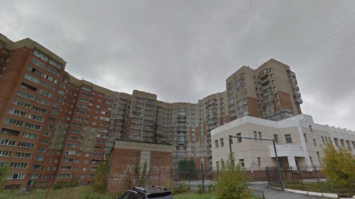 На Федосеева выпала из окна 38-летняя сибирячка