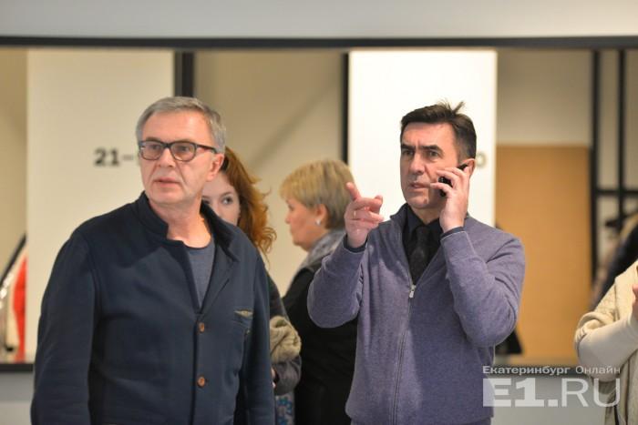 Режиссёр Олег Ракович и Вячеслав Бутусов на премьере фильма в Екатеринбурге в 2017 году