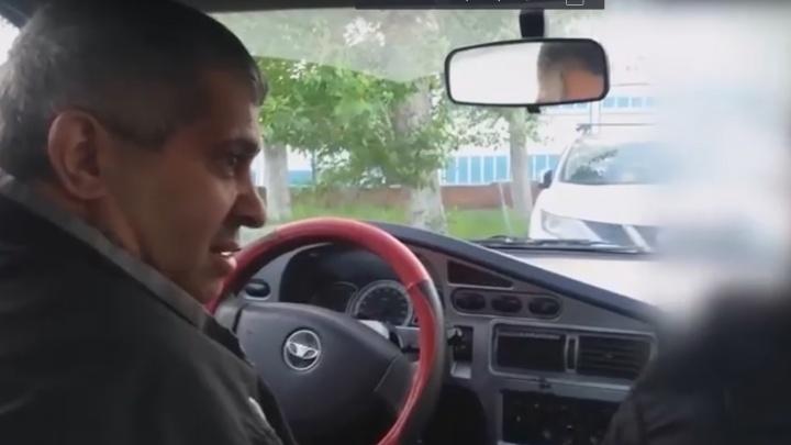 Дорожное видео недели: смертельный обгон, гаишник-Брюс Уиллис и дикий таксист из Uber