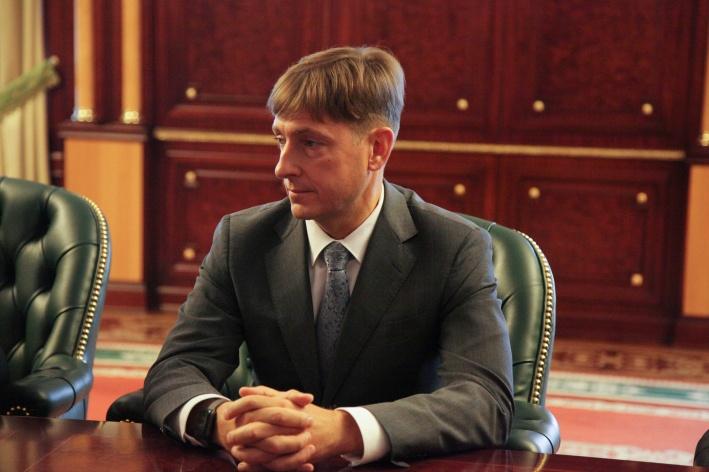 Юрий Семенов до недавнего времени был главврачом перинатального центра