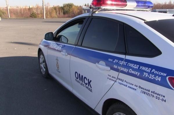 Сразу три человека пострадали из-за столкновения машин в Кировском округе