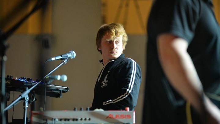 «Лучше попрошайничать»: группа «Курара» отказалась играть на фестивале в Москве во время протестов