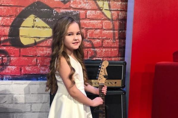 Виктория Николаева уже несколько лет мечтает попасть на шоу «Голос. Дети» — наконец-то её мечта сбылась