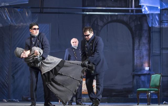 В Казани труппа башкирского театра показала «ремейк» трагедии Софокла