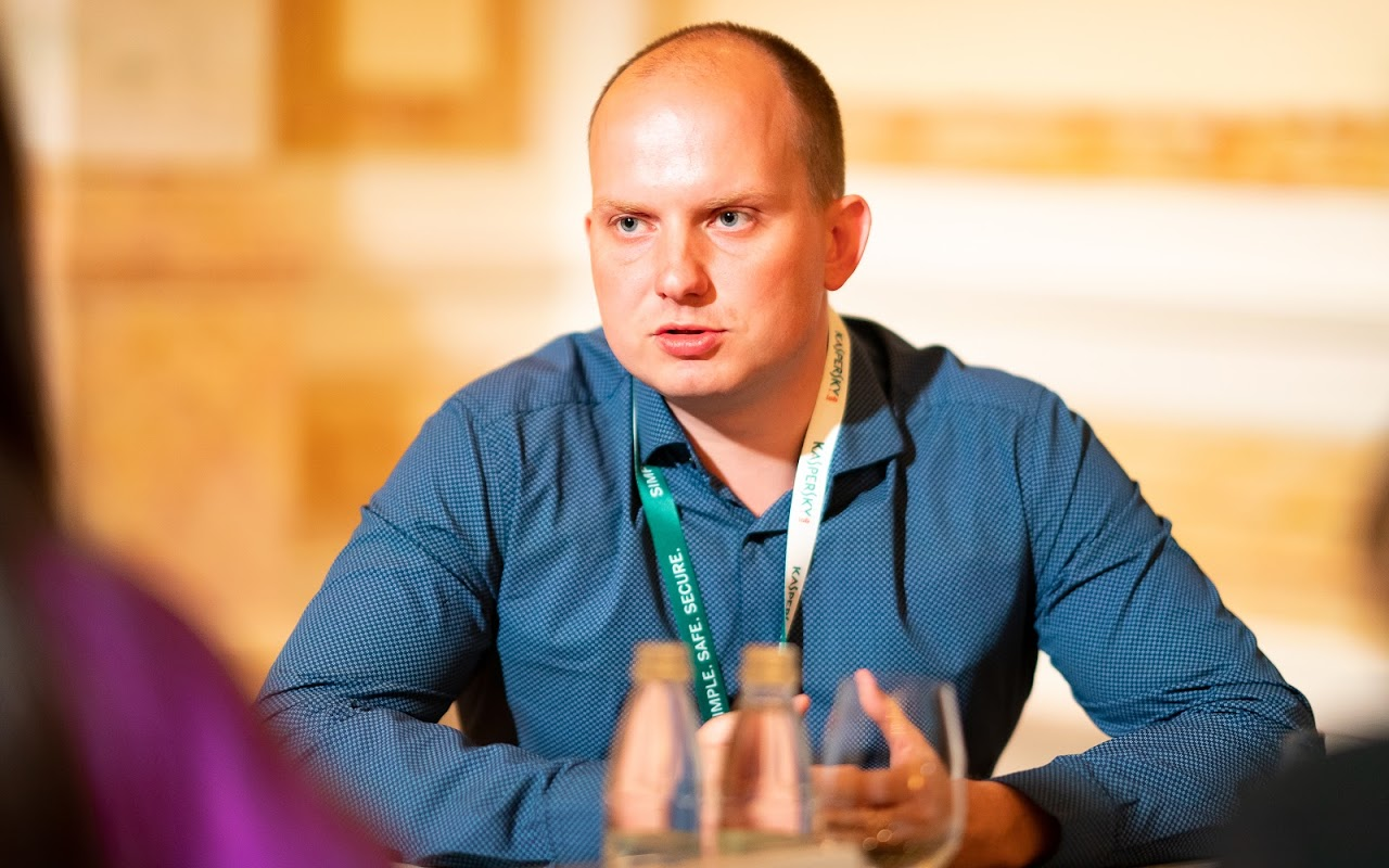 Константин Игнатьев знает всё о безопасности детей в соцсетях
