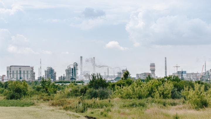«Смог из-за плохой погоды»: в Тольятти пробы воздуха анализируют днем и ночью