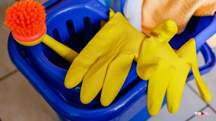 В первую очередь страдают уборщицы: как рынок клининга стал одной из болевых точек Перми