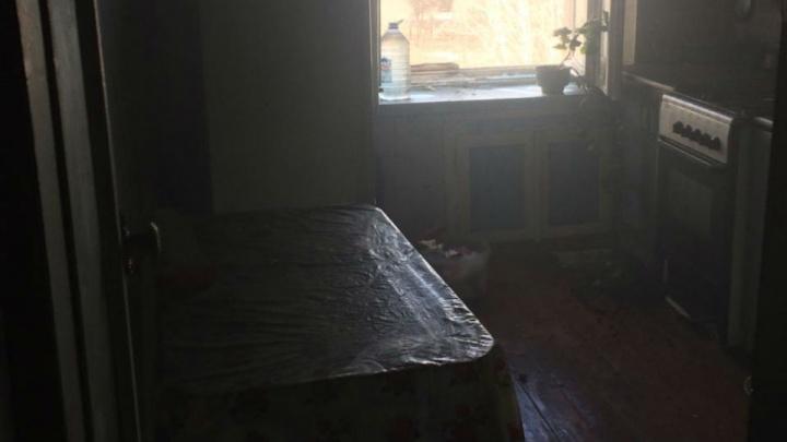 Личность устанавливается: в Уфе в сгоревшей квартире нашли погибшую женщину
